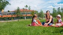 <h5>Sommerliche Picknickfreuden</h5><p>Die Nachsorgeklinik Tannheim ist ein rundum schöner, erholsamer Ort - auch ein Picknick im großzügigen Außenbereich ist immer möglich.                                                                                                                                                         </p>
